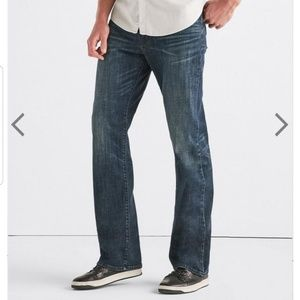 Lucky Brand 181 jeans straight leg distressed